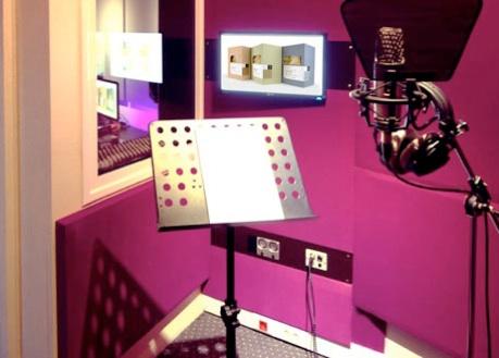 Piranha Studio Athens Booth